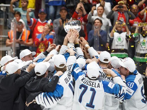 Fínske oslavy titulu majstrov sveta