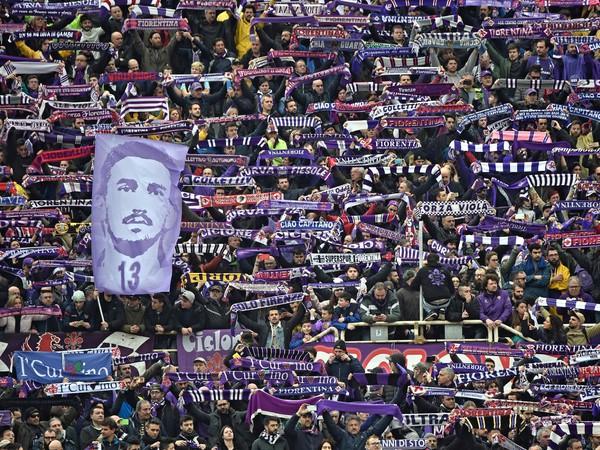 Fiorentina si uctila zosnulého Astoriho