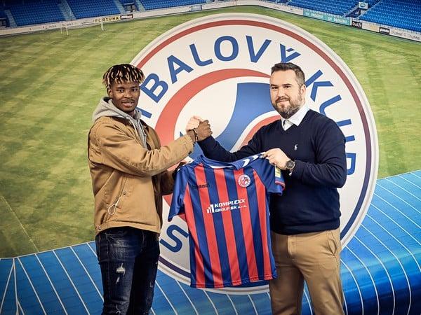 Edmund Addo predĺžil zmluvu s FK Senica