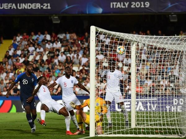 Francúzi v závere zaskočili Anglicko