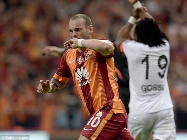 Wesley Sneijder a jeho gólové oslavy