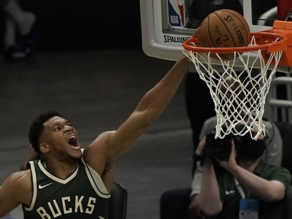 Hráč Milwaukee Bucks Giannis Antetokounmpo