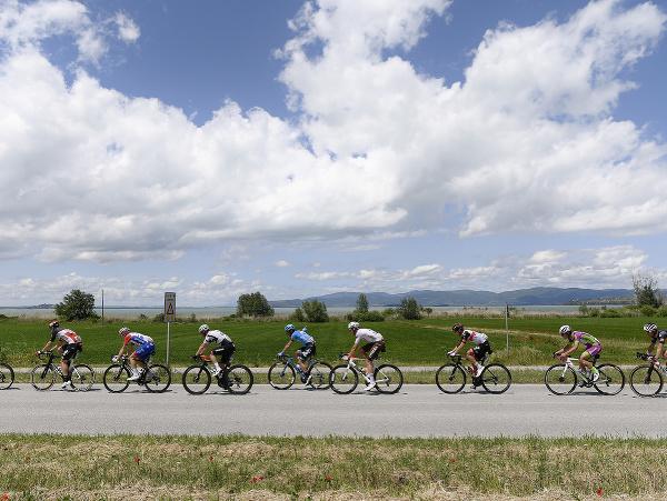 Cyklisti počas 11. etapy