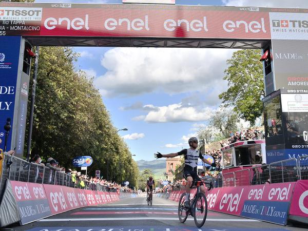 Mauro Schmid ovládol 11. etapu Giro d'Italia