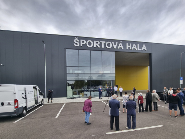 Nová hádzanárska hala na Junackej ulici v Bratislave