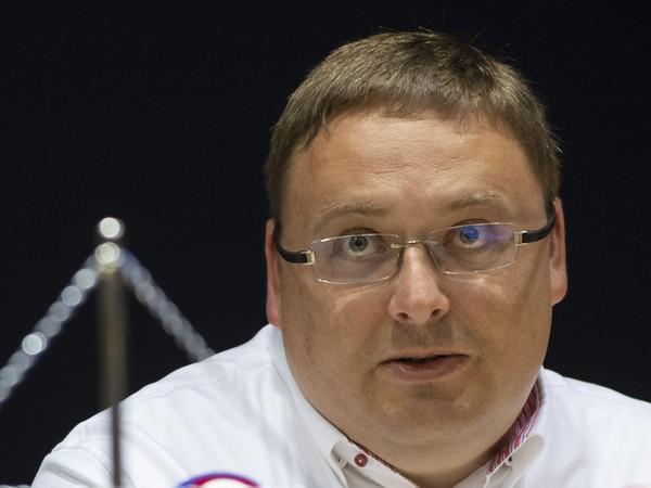 Na snímke výkonný viceprezident a člen predstavenstva klubu HC Slovan Bratislava Juraj Široký ml. počas tlačovej konferencie