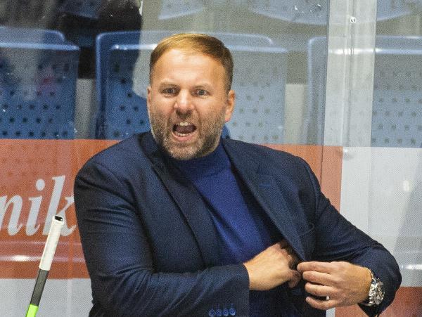 Tréner HC Slovan Bratislava Robert Döme