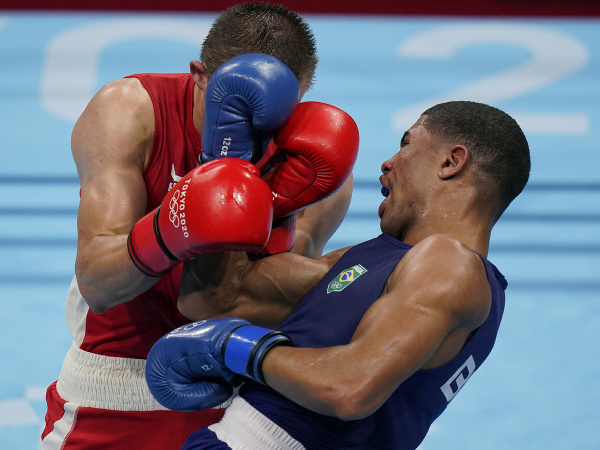 Brazílsky boxer Hebert Sousa získal zlatú medailu