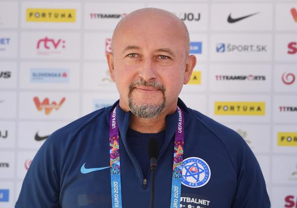 Lekár slovenskej futbalovej reprezentácie Ján Baťalík