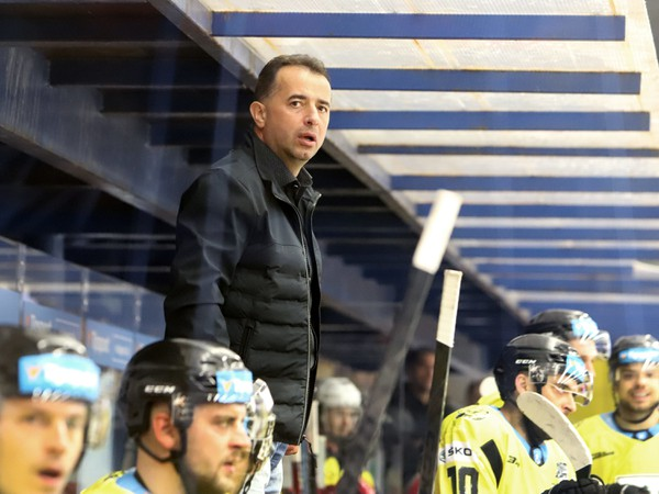 Josef Turek na lavičke HC 07 WPC Koliba Detva