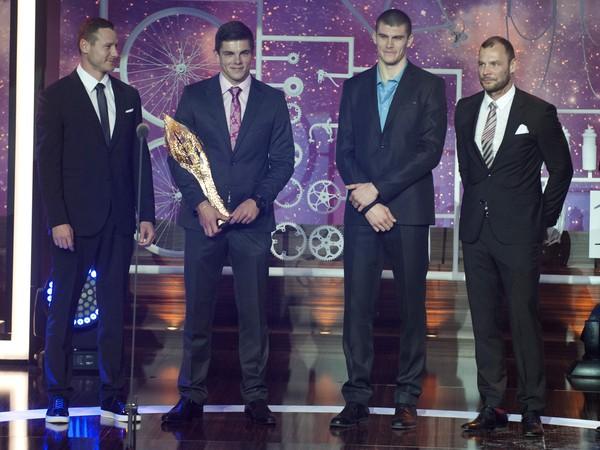 Štvorkajak rýchlostných kanoistov, zľava  Erik Vlček, Denis Myšák, Tibor Linka a Juraj Tarr