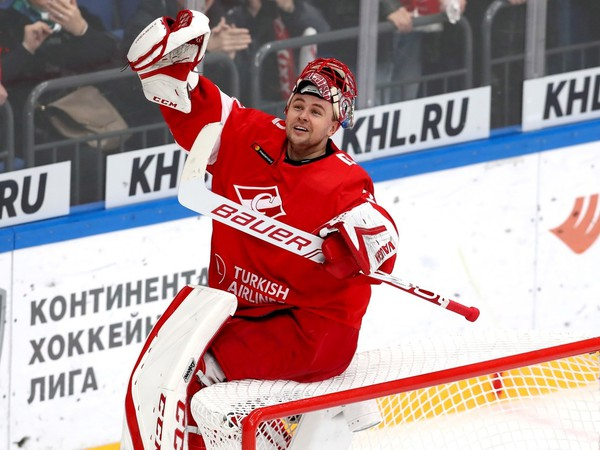 Július Hudáček oslavuje tretí shutout v sezóne