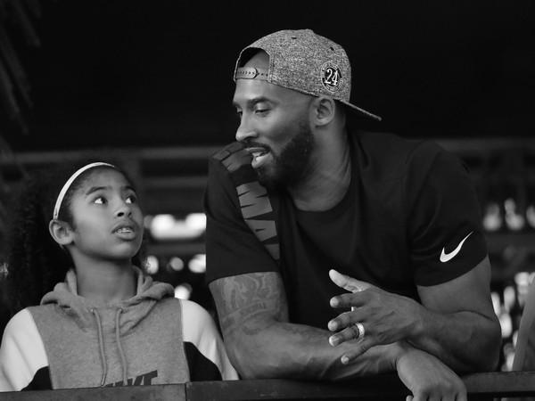 Kobe Bryant s dcérkou Giannou tragicky zahynuli