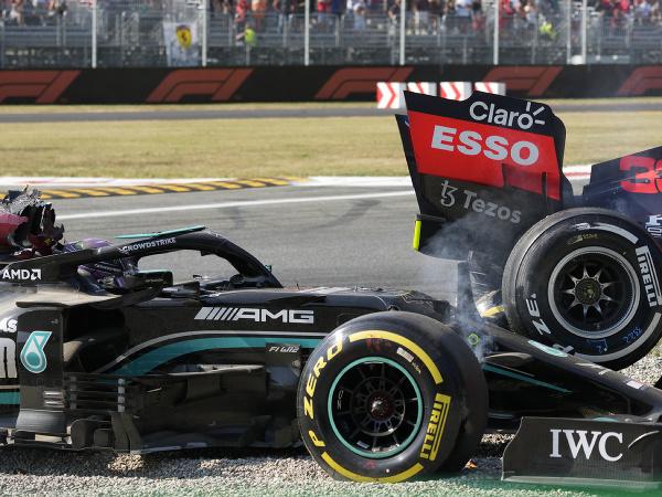 Max Verstappen a Lewis Hamilton na Veľkej cene Talianska skončili po vzájomnej kolízii