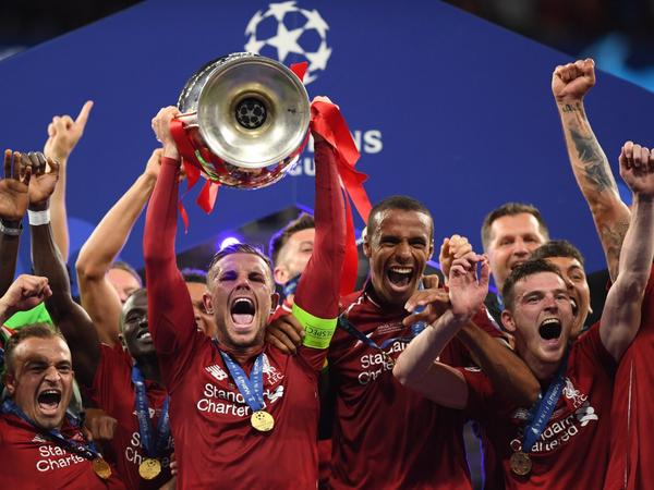 Sladká chuť víťazstva hráčov Liverpoolu