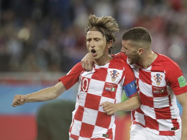 Luka Modrič sa raduje z premenenej penalty