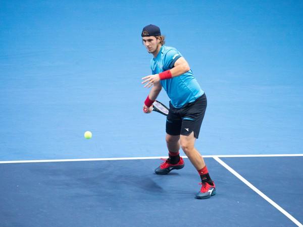 Slovenský tenista Lukáš Lacko počas tenisového zápasu 1. kola dvojhry mužov na turnaji ATP Challenger Tour Peugeot Slovak Open