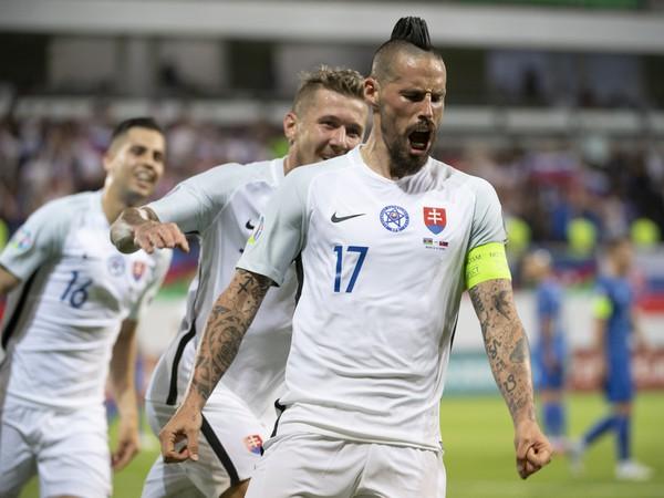 Kapitán Marek Hamšík sa raduje po strelení tretieho gólu