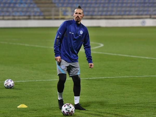 Kapitán slovenskej futbalovej reprezentácie Marek Hamšík počas úvodného tréningu