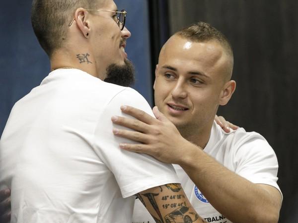 Na snímke slovenskí futbaloví reprezentanti zľava Marek Hamšík a Stanislav Lobotka