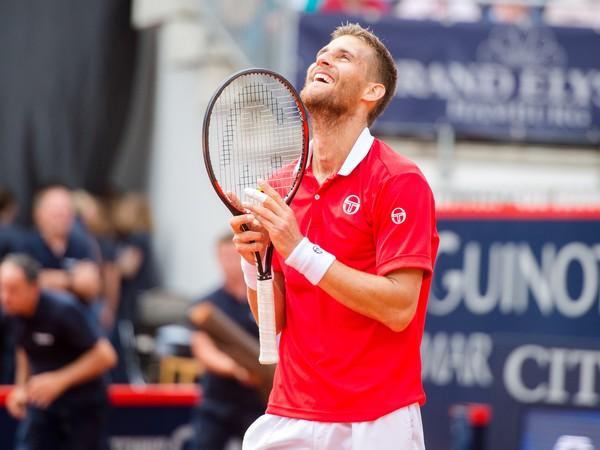 Martin Kližan v Hamburgu získal svoj piaty titul, druhý päťstovkový