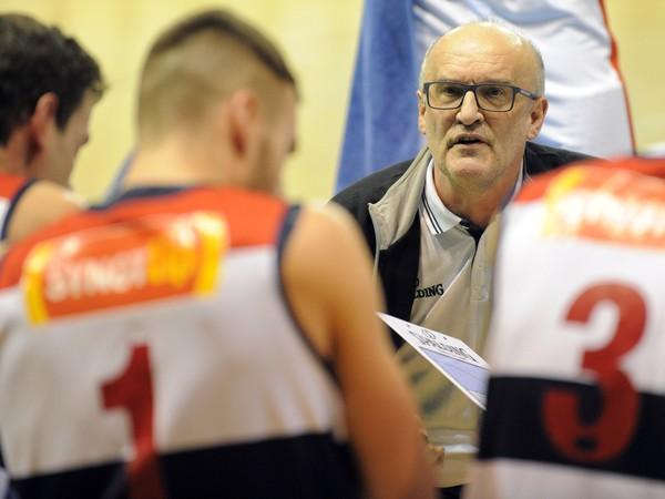 Tréner Ľubomír Urban a jeho zverenci sa dozvedeli nepríjemnú správu