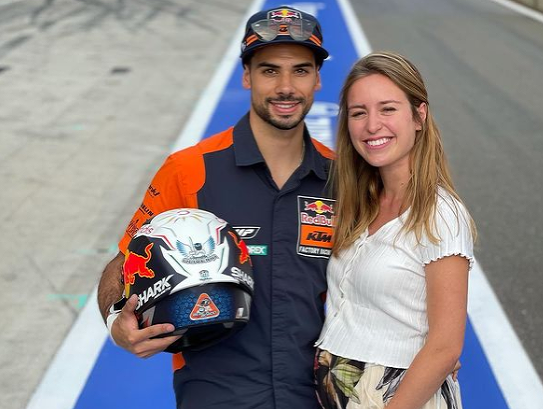 Pretekár MotoGP Miguel Oliveira sa oženil s nevlastnou sestrou