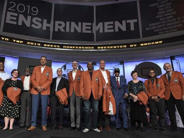 Sieň slávy NBA sa rozrástla o nových členov
