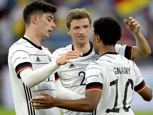 Radosť hráčov Nemecka po strelenom góle