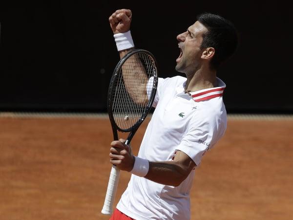 Novak Djokovič a jeho víťazné oslavy