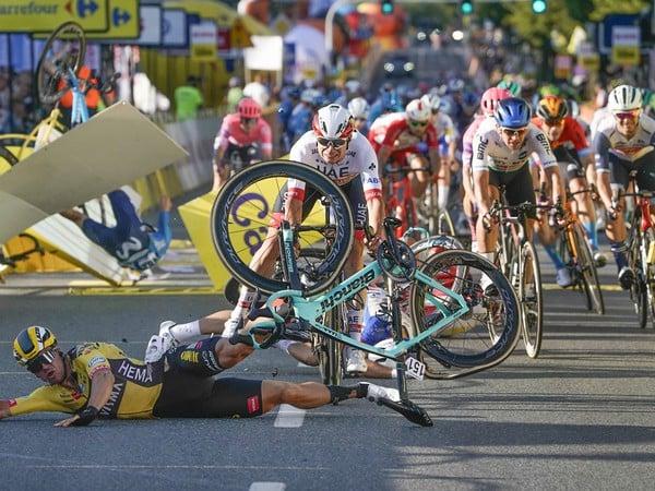 Fabio Jakobsen utrpel po páde vážne zranenia