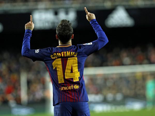 Philippe Coutinho z FC Barcelony sa raduje po góle