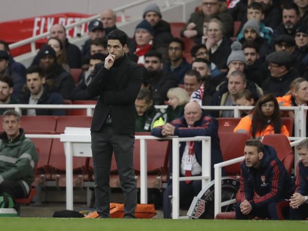 Manažér Arsenalu Mikel Arteta bol pozitívne testovaný na koronavírus