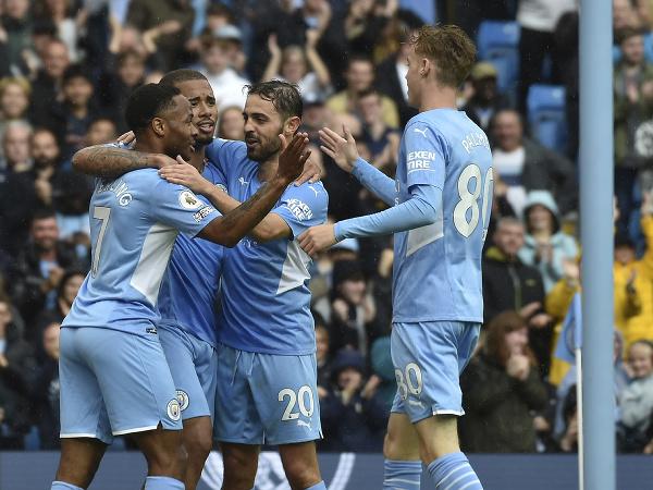 Gólová radosť hráčov Manchestru City