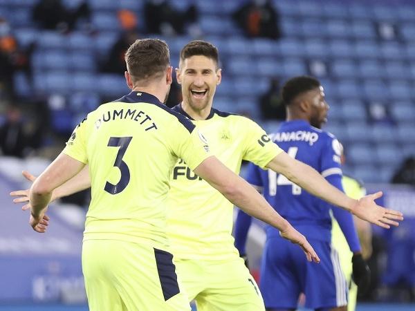 Hráči Newcastlu United oslavujú gól