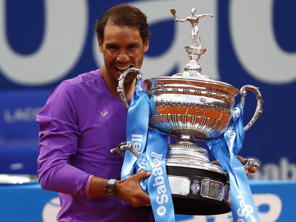 Rafael Nadal sa v Barcelone dočkal prvej tohtosezónnej trofeje