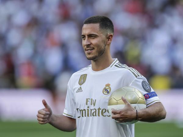 Eden Hazard v drese Realu Madrid