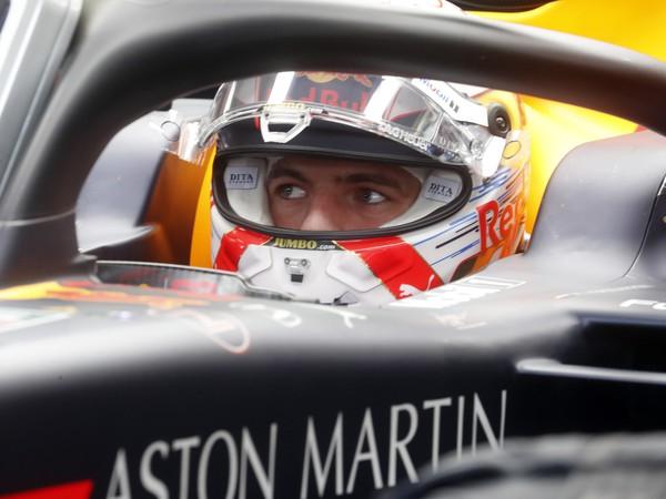 Holanďan Max Verstappen (Red Bull) v boxe