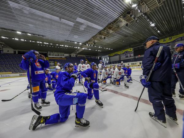 Zraz slovenských reprezentantov pred MS v hokeji