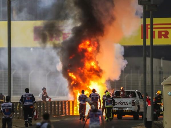 Monopost F1 vybuchol! Grosjean zázrakom unikol