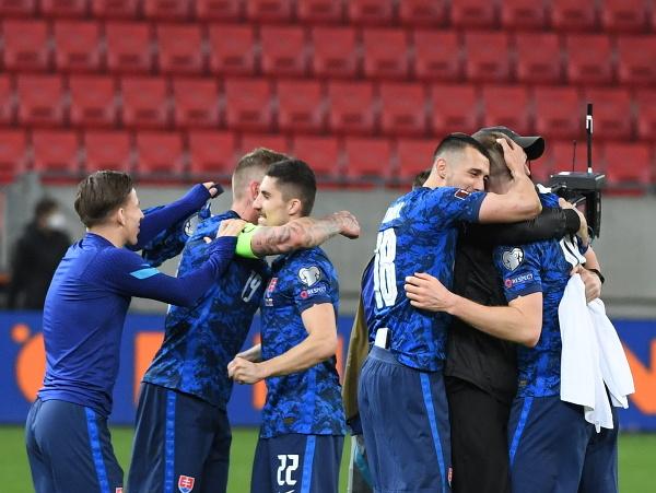 Radosť slovenských reprezentantov po výhre nad Ruskom
