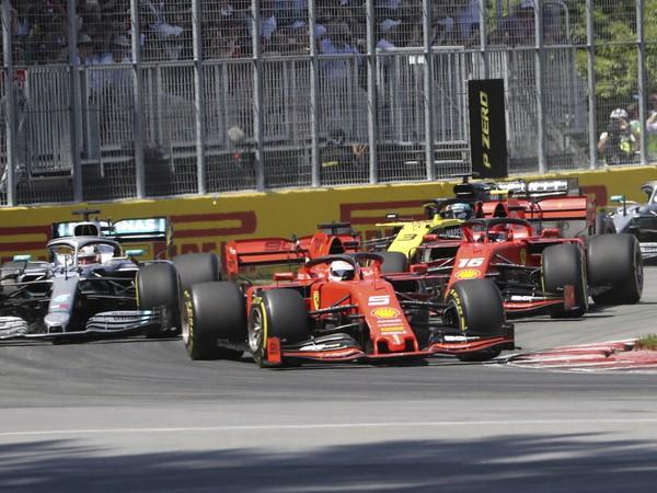 Sebastian Vettel, Lewis Hamilton a Charles Leclerc
