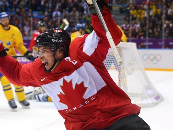 Sidney Crosby v drese Kanady