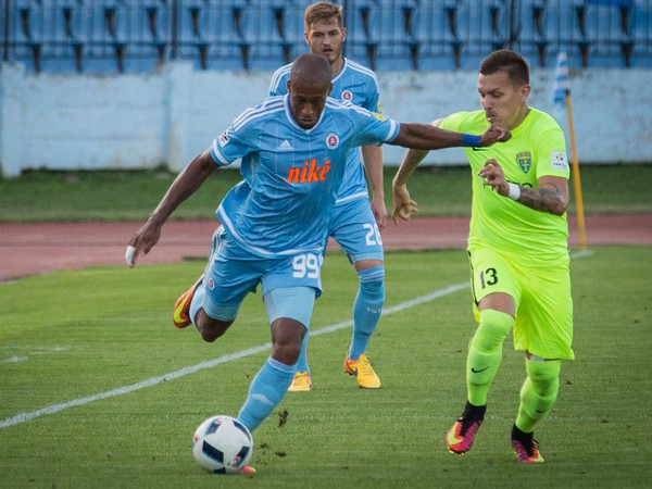 Mitchell Schet z ŠK Slovan Bratislava a Filip Hlohovský z MŠK Žilina