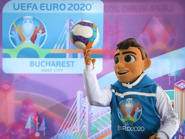Maskot EURO Skillzy
