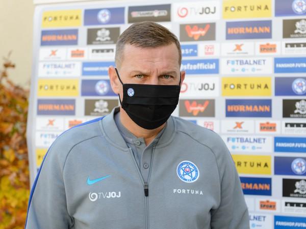 Tréner futbalovej reprezentácie SR do 21 rokov Jaroslav Kentoš