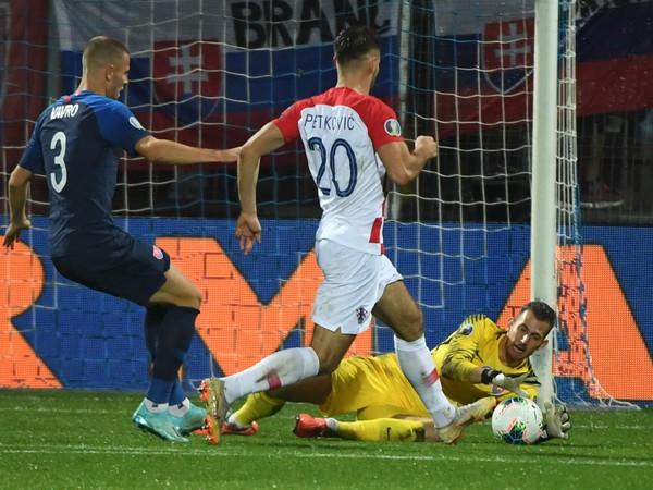 Martin Dúbravka počas zápasu s Chorvátskom