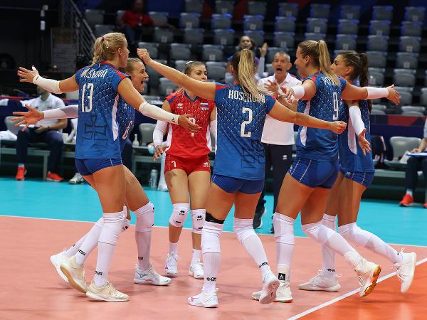 Slovenské hráčky oslavujú po bodovom zisku