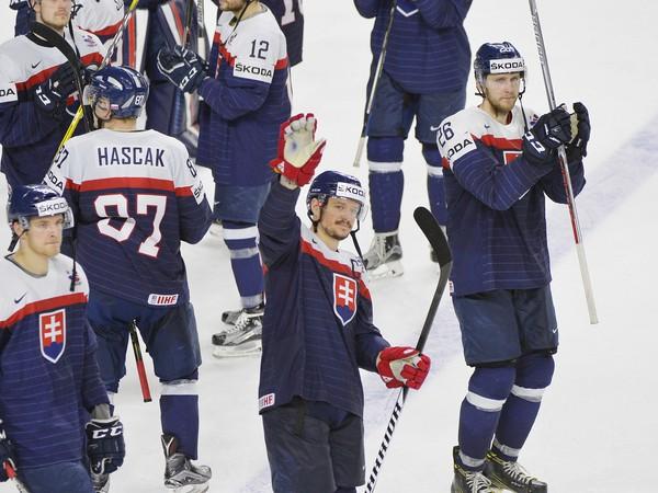 Slovenskí hokejisti sa lúčia s fanúšikmi
