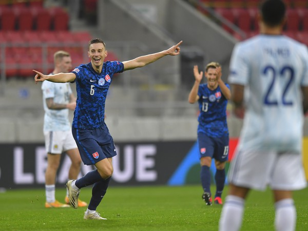 Ján Greguš oslavuje gól